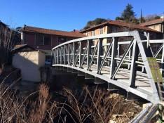Pont-40T-sur-riviere-lateral
