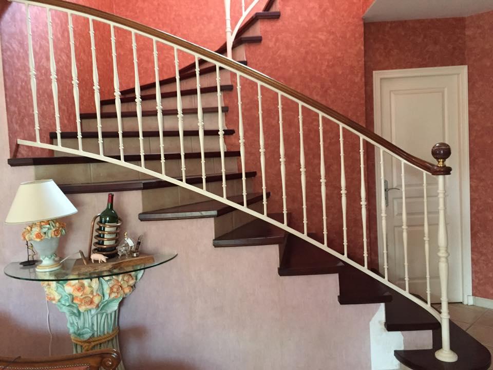 Rambarde escalier maison métallique